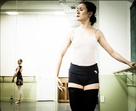 大人も楽しめるパリのバレエオープンクラス!