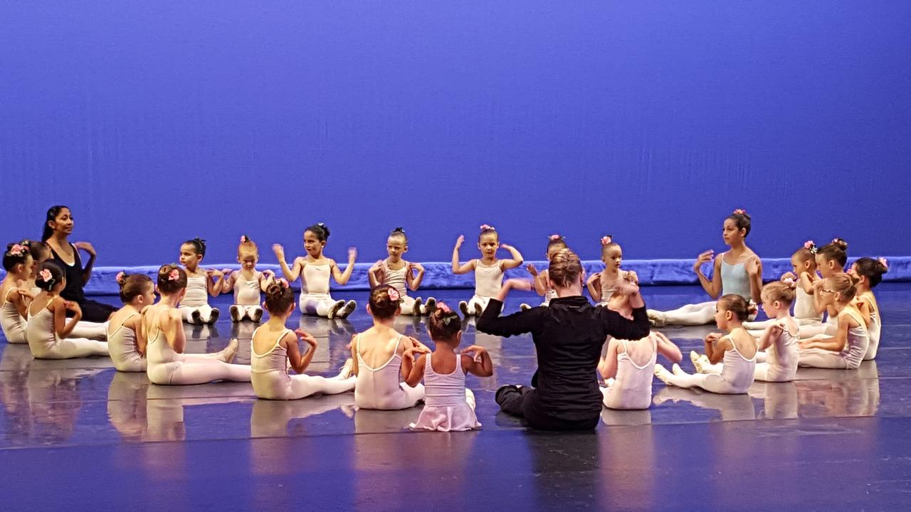 フランス留学でバレエ師範専門学校でバレエ教師の資格を取ろう