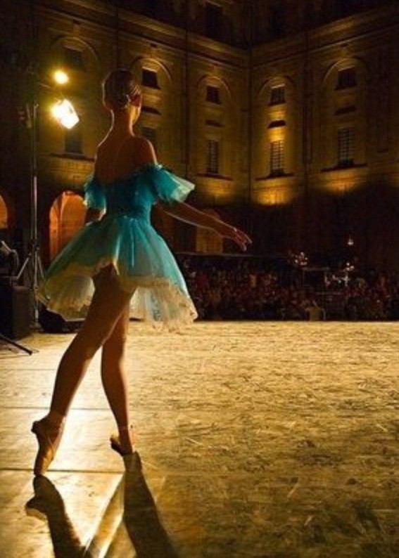 バレエ留学先の学校選びは慎重に!パリ・オペラ座バレエ学校の口コミ