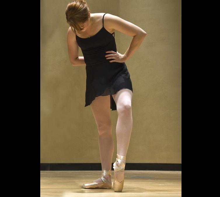 バレエ学校で教えるバレリーナのための痩せるダイエットの方法と効果