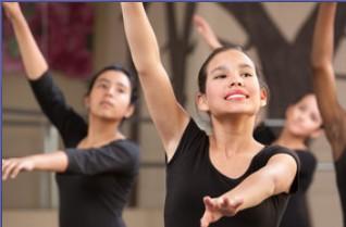 フランスへバレエ留学するときの学校選びと将来の目的