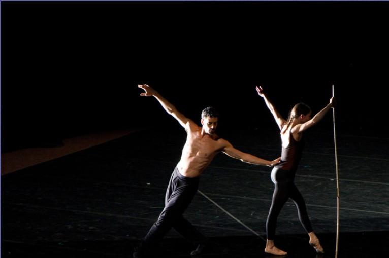 バレエ留学:パリでバレエとコンテンポラリーダンスの留学ができる学校
