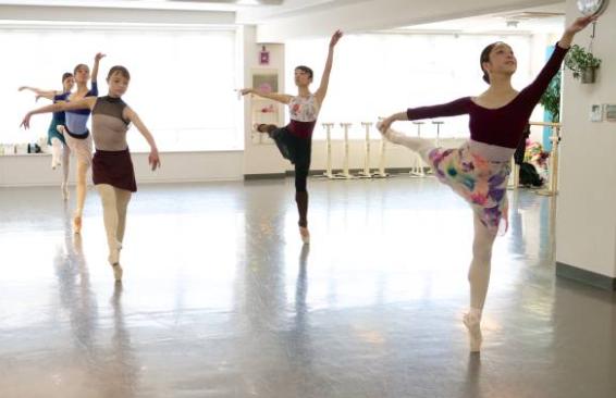 バレエスクール:東京渋谷区青山にあるバレエのオープンクラス