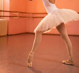 バレエのポワントの立ち方をもっと美しく動くコツって知ってますか?